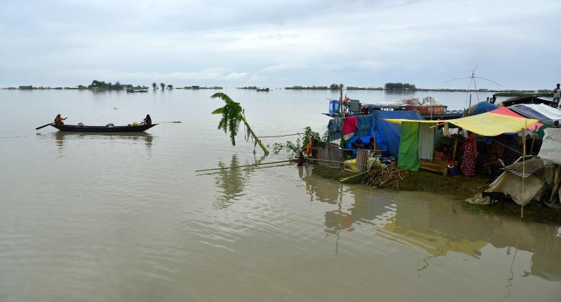 снимка 1 Повече от 2,6 милиона души са засегнати от наводненията в Индия