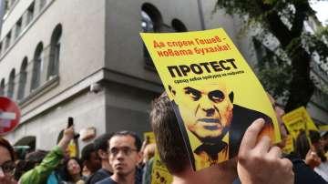 Заседанието на ВСС беше съпътствано от протест срещу кандидатурата на Гешев