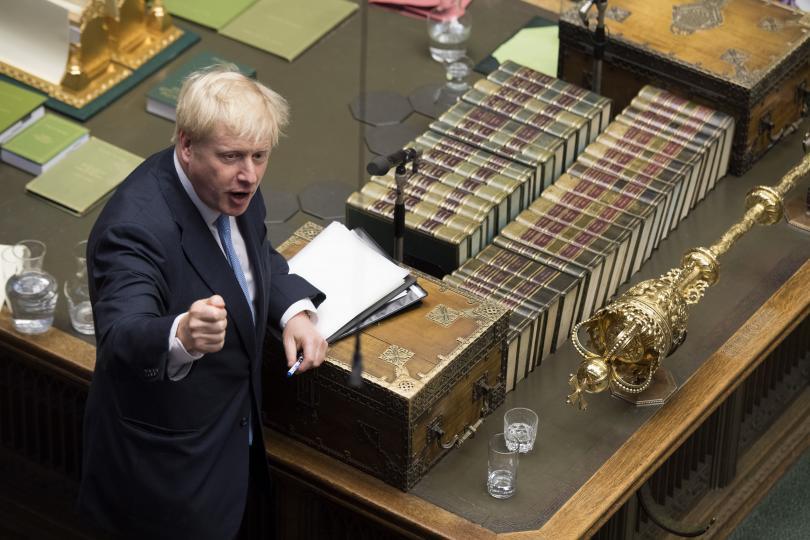 Напрегнат първи ден за Борис Джонсън като премиер на Великобритания