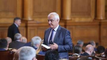 Президентското вето за самолетите F-16 беше отхвърлено от парламента
