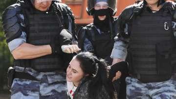 Над 1000 станаха арестуваните на протеста в Москва