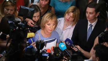 Мая Манолова внесе проектозакон за частния фалит