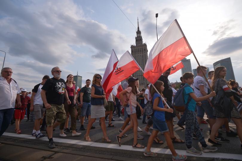 Германия призна моралната отговорност за нацистките престъпления, извършени в Полша