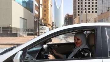 Саудитска Арабия разреши на жените да пътуват в чужбина