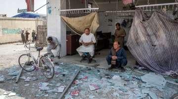 Поне 90 души пострадаха при атентат в Кабул