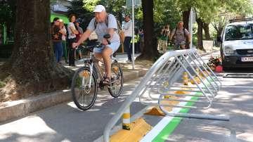 София вече има паркинг за велосипеди и електрически тротинетки