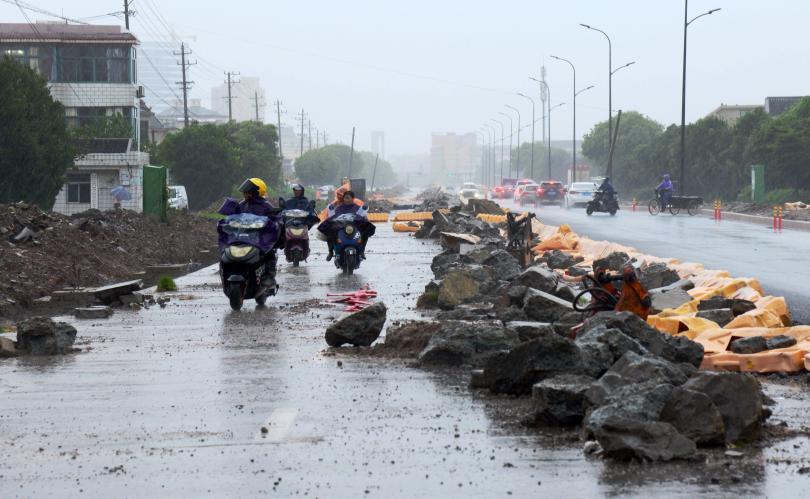 Снимка: Жертвите на тайфуна Лекима в Китай станаха 28