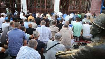 Мюсюлманите получиха поздравления за празника Курбан Байрам