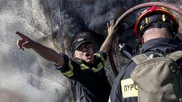 64 пожара възникнаха в Гърция за едно денонощие