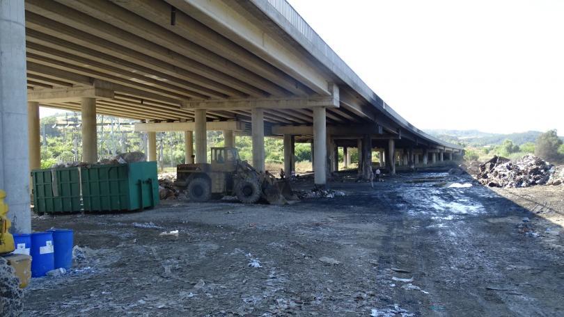 Снимка: Поне 45 дни ще е затворена магистрала Струма заради обгорелия мост