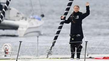 Грета Тунберг започна презокеанско плаване с нулеви емисии