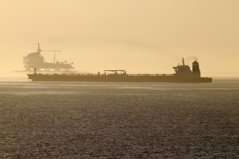 Иранският танкер, задържан в Гибралтар, вече е освободен. Техеран предупреди