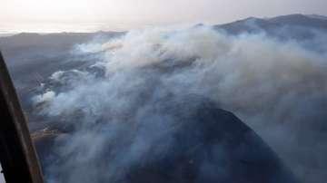 Поне 8000 са евакуирани заради пожарите на Канарските острови