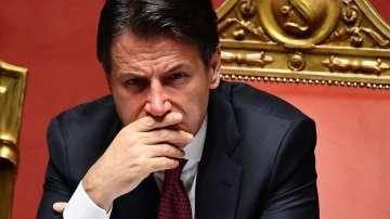Започват консултации за изход от политическата криза в Италия