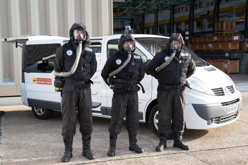 Засилени мерки за сигурност във Франция преди срещата на Г-7.
