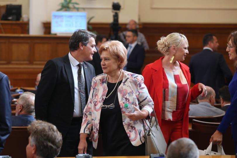 снимка 2 Новият политически сезон започна с остър тон в парламента