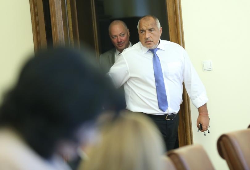 снимка 3 Новият политически сезон започна с остър тон в парламента
