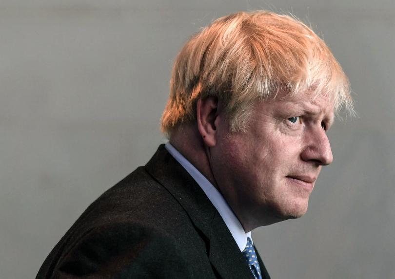 Британският премиер Борис Джонсън беше освиркан по време на своя