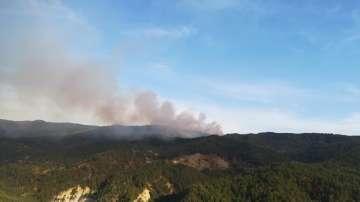Втори голям пожар гори в Рила