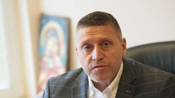 Ген. Тодор Коджейков: Правителственият Фалкон ще бъде временно спрян