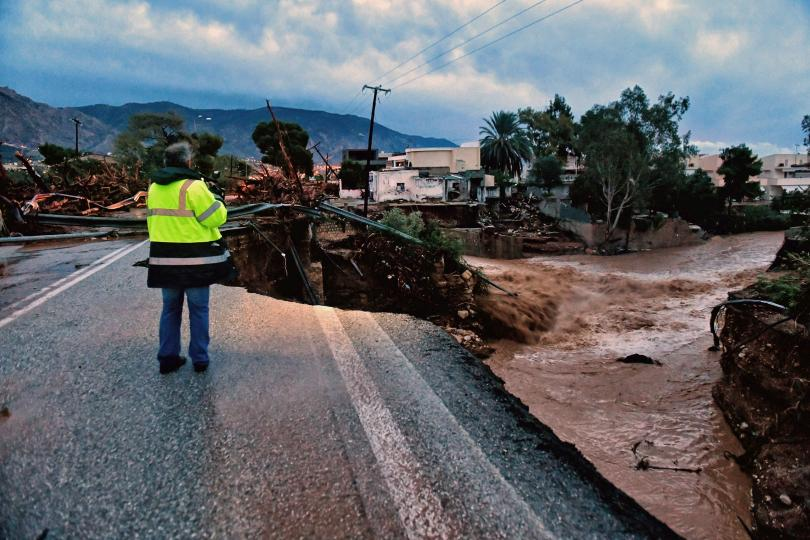 Двама загинаха заради лошото време в Гърция