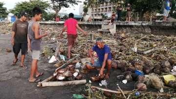 12 души загинаха, след като тайфунът Фанфан удари Филипините