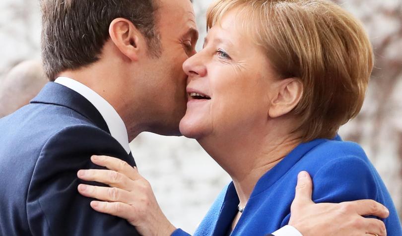 снимка 2 Световните лидери се събраха на среща в Берлин за конфликта в Либия (СНИМКИ)