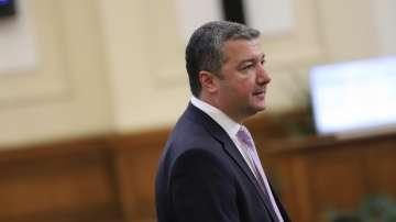 БСП: Вината за освиркванията не е на президента Радев