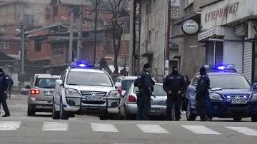Акция на полиция и жандармерия в ромската махала в Благоевград, има задържани