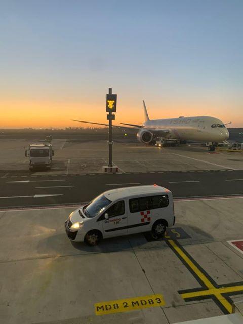 снимка 1 Самолет от България е приземен аварийно в Рим заради състоянието на пасажер