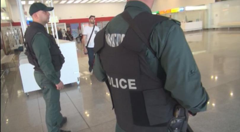 снимка 29 Строги мерки за сигурност на летищата в София, Варна и Бургас