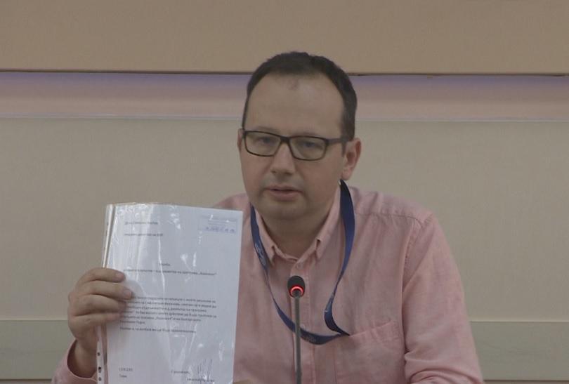 снимка 1 И.д. директорът на Хоризонт подаде оставка след протест пред БНР
