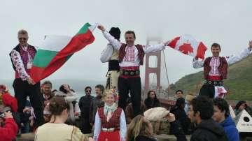 Отвъд границите: Димитър Минков: Танцът е най-късият път към хората