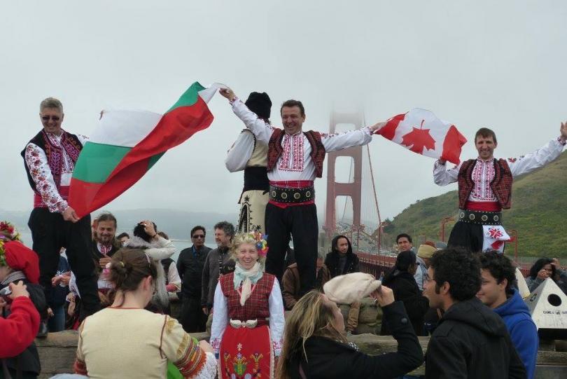 отвъд границите димитър минков танцът късият път хората