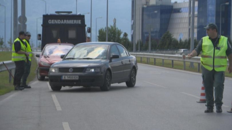 снимка 9 Строги мерки за сигурност на летищата в София, Варна и Бургас