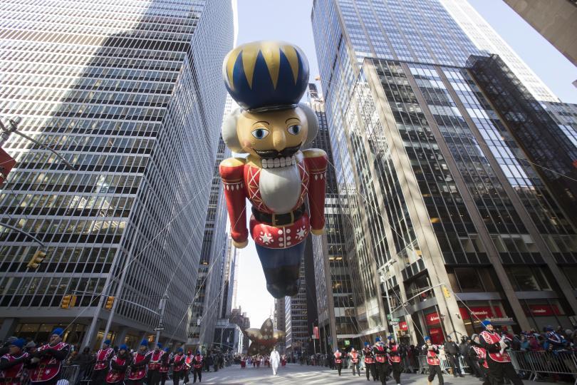 снимка 8 Рекорден студ за Деня на благодарността в Ню Йорк (СНИМКИ)