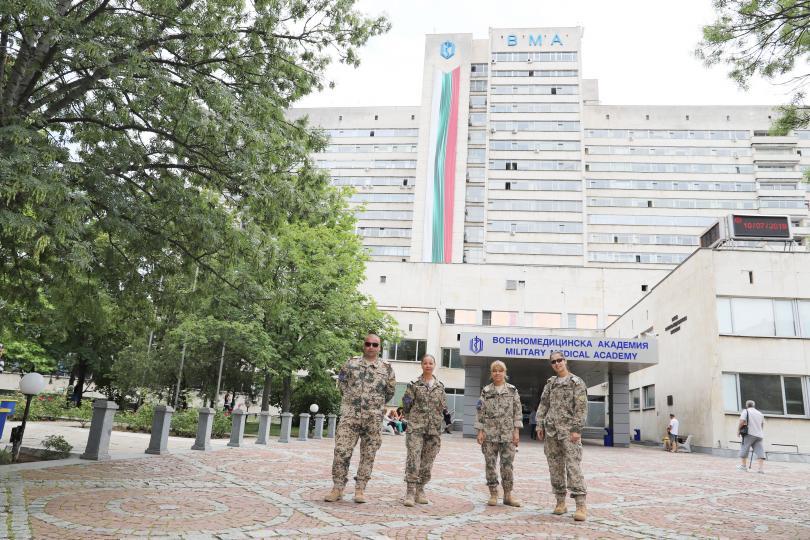 снимка 2 Военните ни медици получиха награди след успешна мисия в Мали (СНИМКИ)
