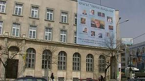 Варна осъмна с транспарант срещу местни политици