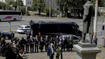 Българската делегация поднесе цветя на паметника на Иван Вазов в Рим