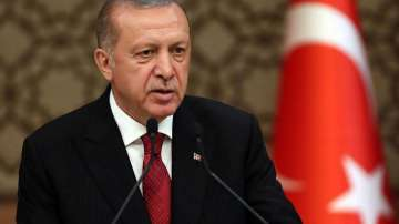 Ердоган: Заплахите няма да ни накарат да спрем военната операция в Сирия