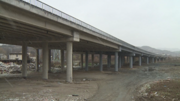 Пуснаха движението по моста на АМ Струма край Дупница