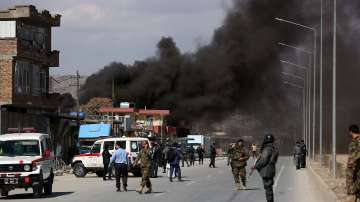 Поне 15 са жертвите на три атентата в Кабул
