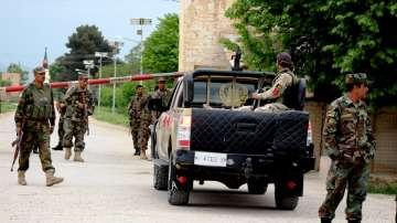 140 афганистански войници убити при атака на талибаните