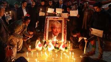 Бдения за убит в Афганистан японски лекар
