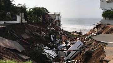 Десетки загинаха при наводнения в Южна Африка