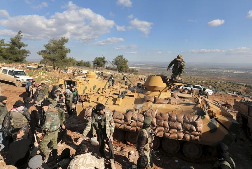 трима цивилни загинаха взрив автобус сирийския град африн