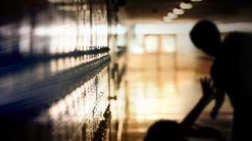 Проверяват учителка заради бой между деца