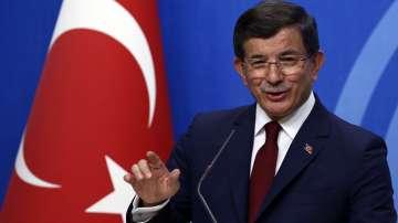 Давутоглу се оттегля като председател на управляващата партия в Турция