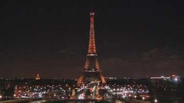 Айфеловата кула отвори врати след 5 дни на стачка