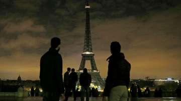 Айфеловата кула посрещна 300-милионния си посетител